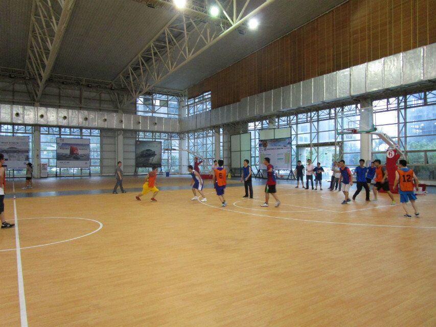 2015.6Basketball play games